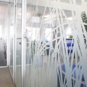 Sichtschutzfolie in einem Büro